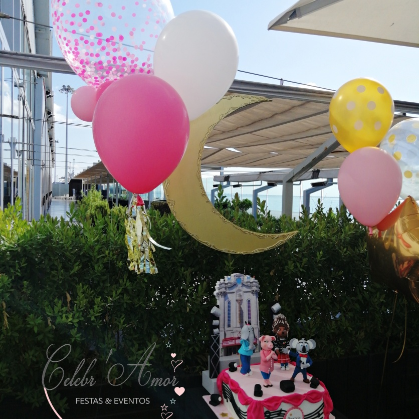 Sing party decor